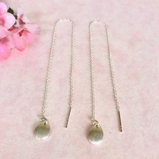 """Kæde-øreringe i sølv og oxideret sølv, """"Leaves"""" -Foto"""