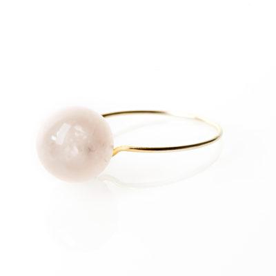 """Ring i guld, sølv og oxideret sølv, """"Peach blossom"""""""