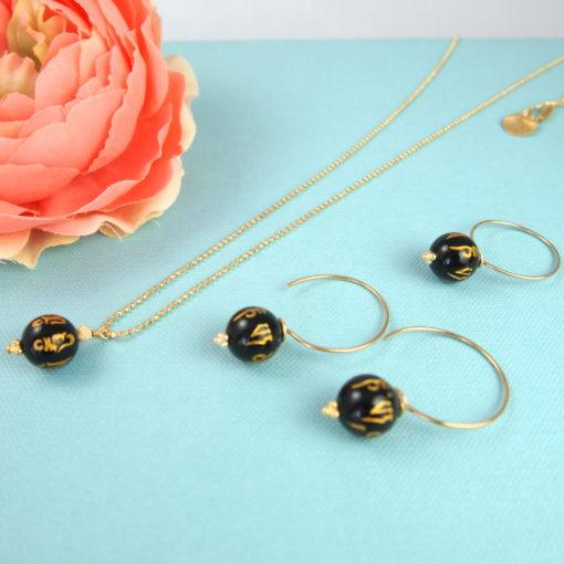 Black Chinese Rose- ægte øreringe, halskæde og ring med sort onyks