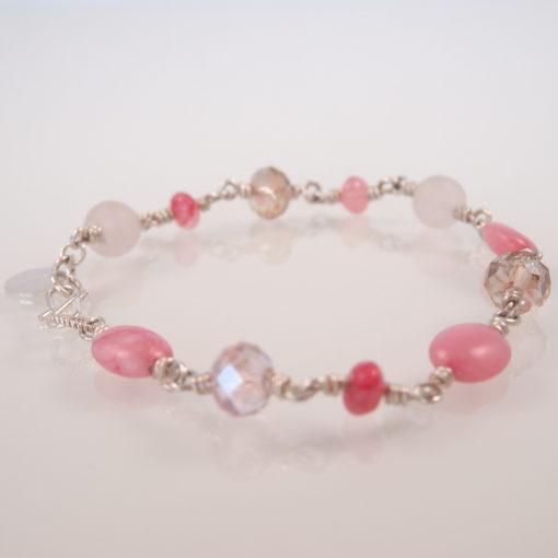 """Armbånd med ædelsten og krystaller, """"Cherry blossom"""", i guld, sølv og oxideret sølv"""