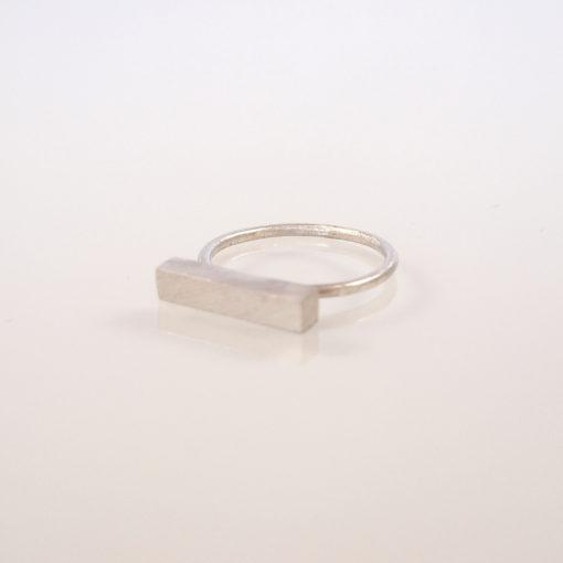 """""""Moonlight"""" ring i sølv."""