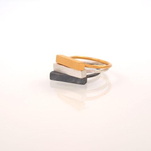 "Ring i guld, sølv og oxideret sølv ""Moonlight"" fra Simplicity-serien, -by Nina Skat"