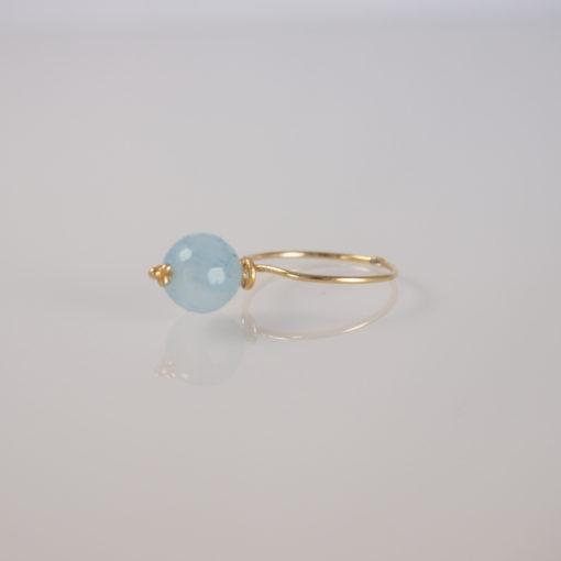 """""""Baby blue eyes""""-Ring i guld, sølv og oxideret sølv."""