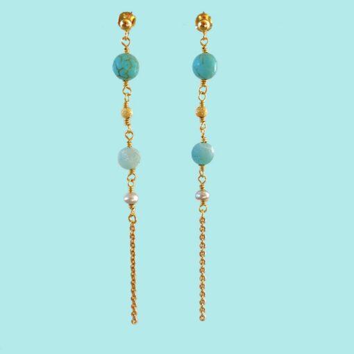 """Øreringe med blå ædelsten, i forgyldt sølv sølv og oxideret sølv, """"Blue anemone"""" -Foto"""