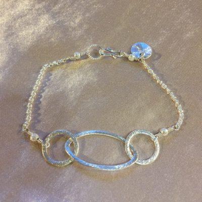 Rosemary -armbånd i sølv, håndlavede smykker -by Nina Skat -Foto
