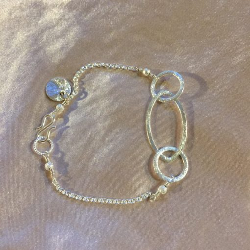 Rosemary -armbånd i sølv, håndlavede smykker -by Nina Skat