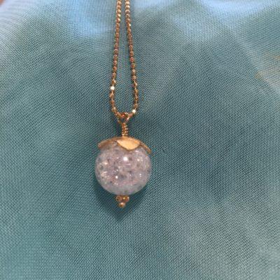 "Snowdrop"" -halskæde i guld"