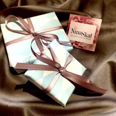 Indpakkede gaver -Foto