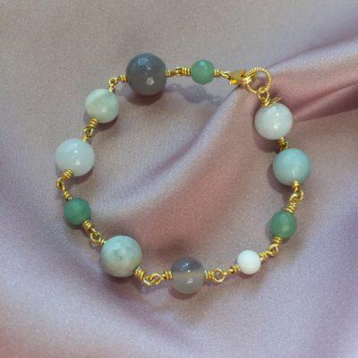 """Armbånd med ædelsten og krystaller, """"Jasmine"""", i guld, sølv og oxideret sølv -Foto"""