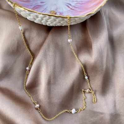 Halskæde med små ferskvandsperler, Baby pearls