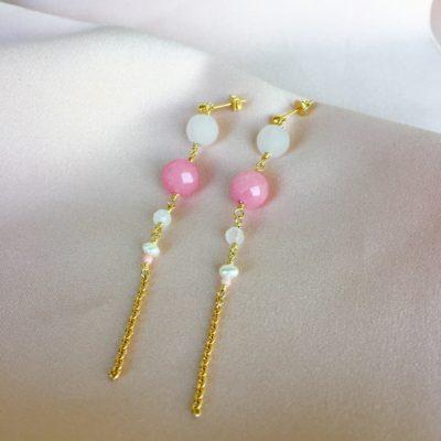 """Øreringe med pink agat og perler, i forgyldt sølv, sølv og oxideret sølv, """"In love with pink"""" -Foto"""