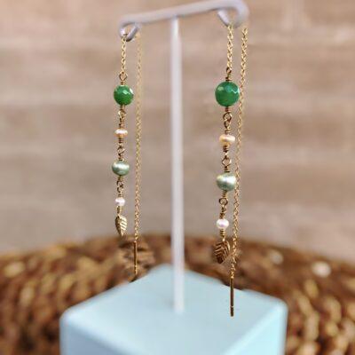 """Lange grønne øreringe med agat og perler """"Springtime"""" -foto"""